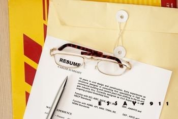 How to Make a Resume for First Job